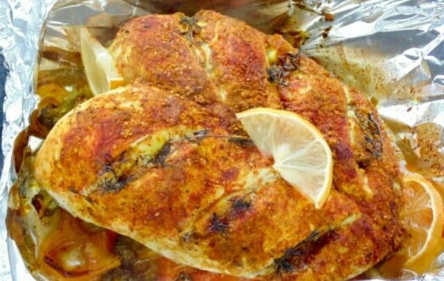 Потрясающая куриная грудка в фольге в духовке