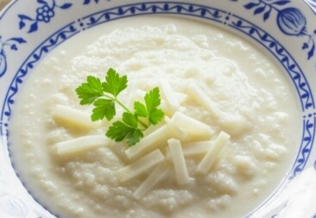 Вкуснейший суп-пюре из цветной капусты: всего 4 ингредиента