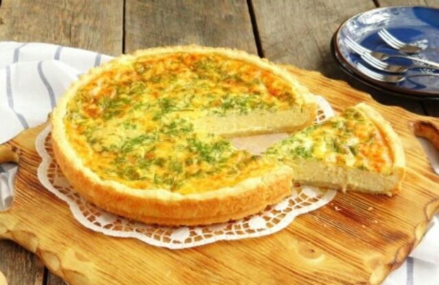 Восхитительный сырный пирог на скорую руку