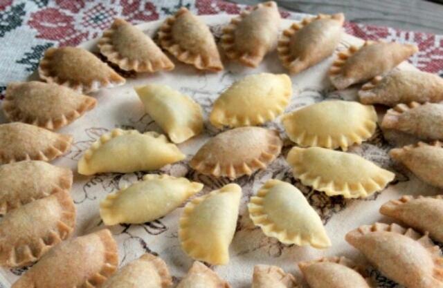 Вкуснейшие вареники с чечевицей и грибами