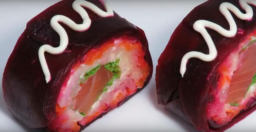 Оригинальный салат-ролл «Шуба по-новому». Новогодний салат 2018
