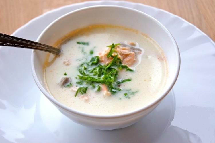 Аппетитный сырный суп с семгой (готовим в мультиварке)