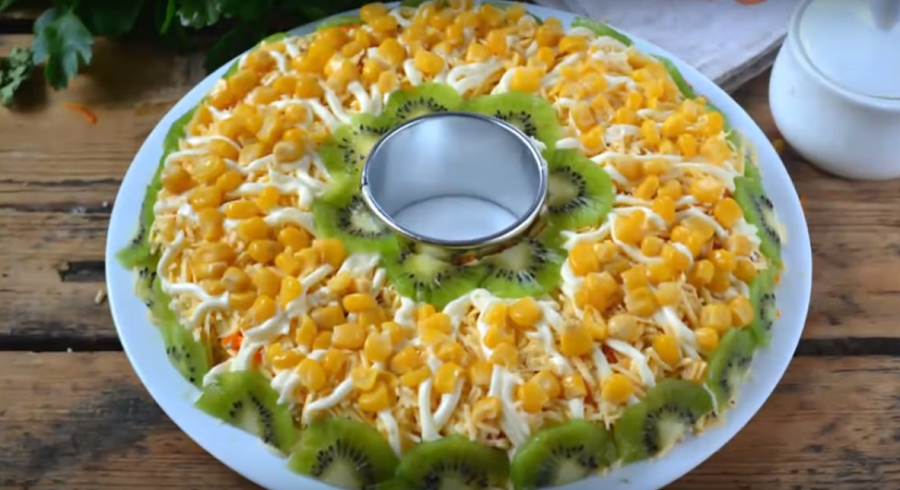 Вкуснейший салат к новому 2018 году
