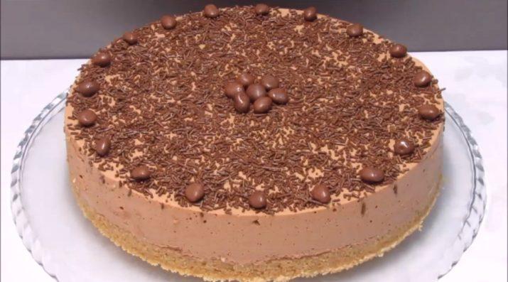 Муссовый торт: десерт к праздничному столу будет готов через 30 минут