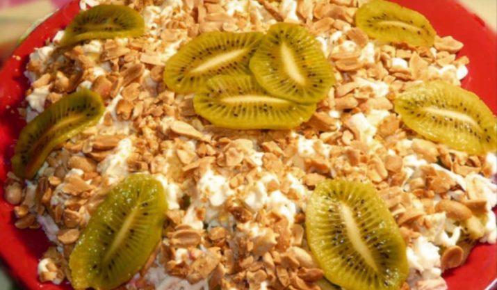 Салат «Изумрудная красавица»: гости всегда просят добавки