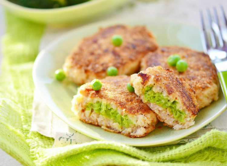 Диетические и безумно вкусные рыбные котлетки с зеленым горошком