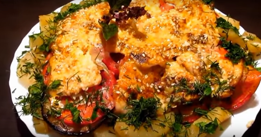 Вкуснющая слоеная курочка с овощами