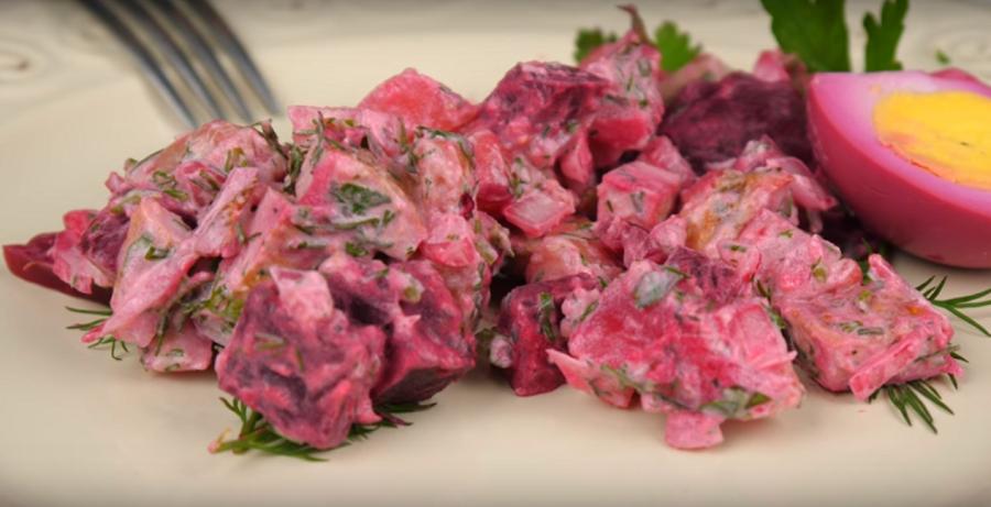 """Салат для новогоднего стола """"Розовая черепаха"""" (без майонеза)"""