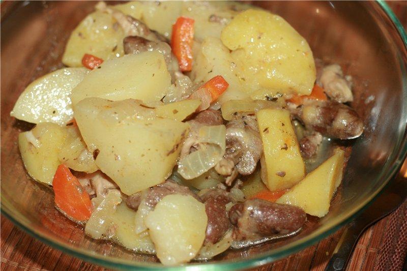 Восхитительные куриные сердечки с картошкой (готовим в мультиварке)