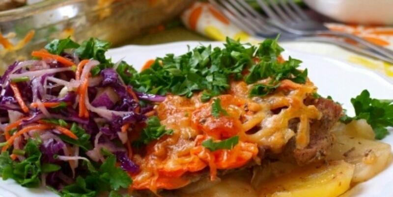Очень аппетитная картошка под шубой в духовке