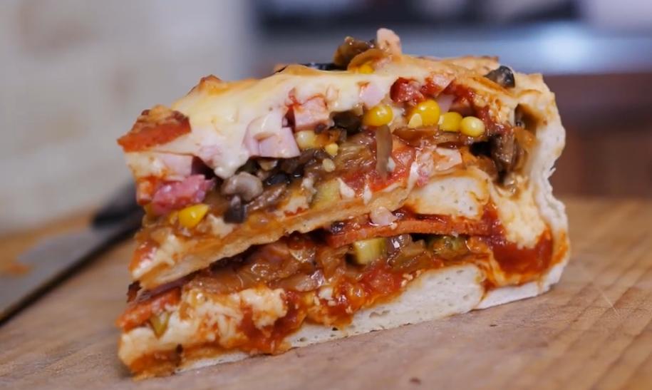 """Вкуснейшая пицца-пирог """"Бомба"""""""