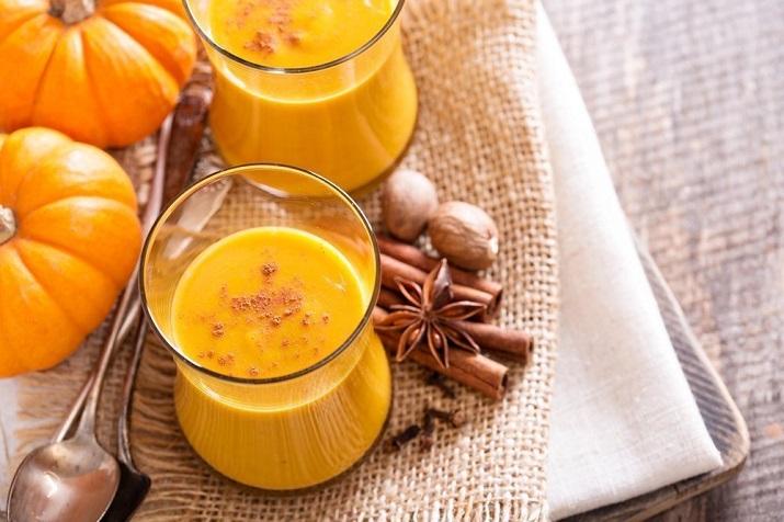 Солнечный смузи из тыквы и апельсина: зимний рецепт полезного напитка