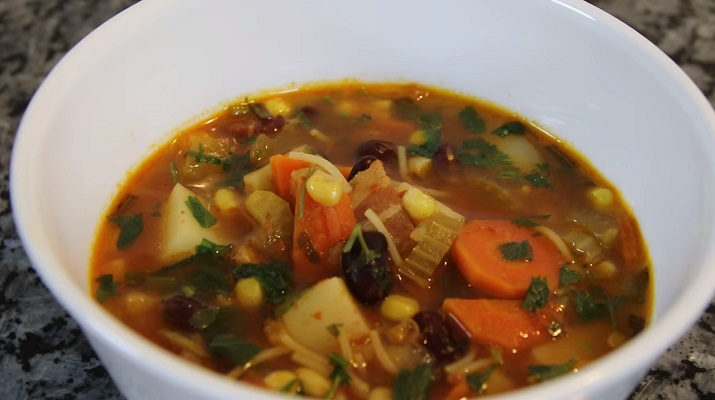 Вкусный и ароматный суп «Калейдоскоп»: самое то для зимнего времени года