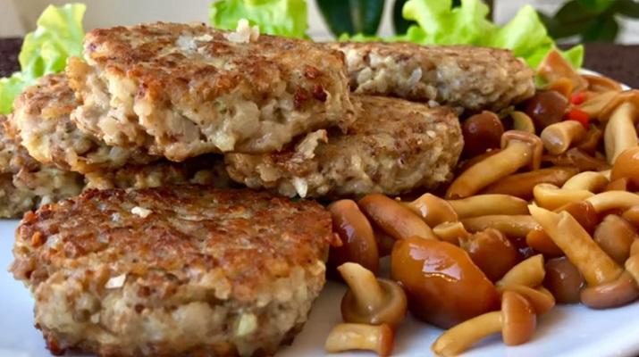 Полноценное блюдо для ужина: котлеты из гречки – и гарнир не нужен