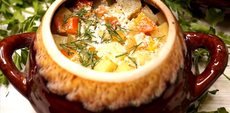 Самый ленивый рецепт блюда в горшочках: проще не бывает