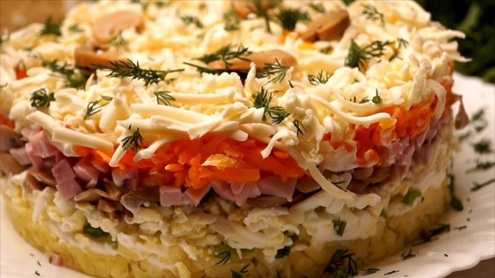 Самый вкусный салат: понравится всем и украсит любой стол