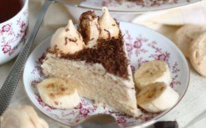 Вафельный торт со сгущенкой и бананами рецепт пошагово
