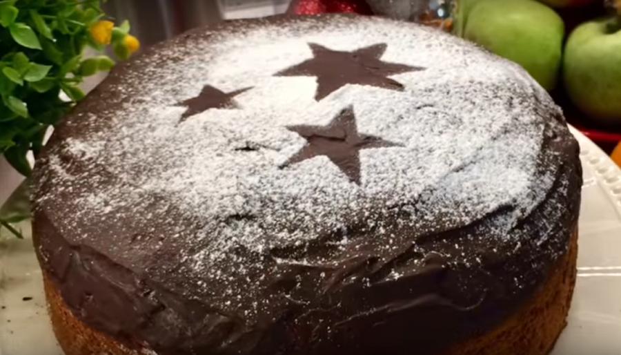 Ароматный рождественский греческий кекс