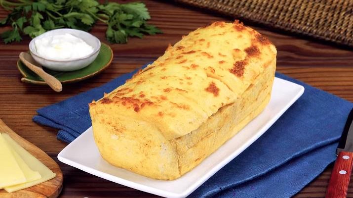 Пирог из хлеба на скорую руку: сытный и очень простой рецепт