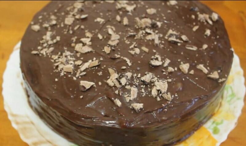 Готовим в мультиварке: всеми любимый Пражский торт