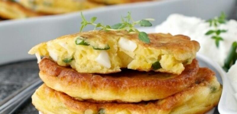 Обалденные пирожки с яйцом и луком за 15 минут