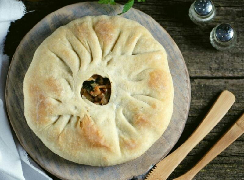 Интересный и очень вкусный пирог с картошкой и курицей