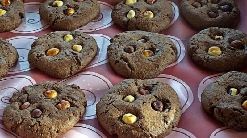 Очень вкусное шоколадное печенье с фундуком
