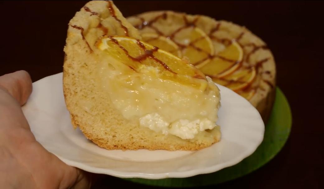 Готовим в мультиварке: творожный пирог с заварным кремом