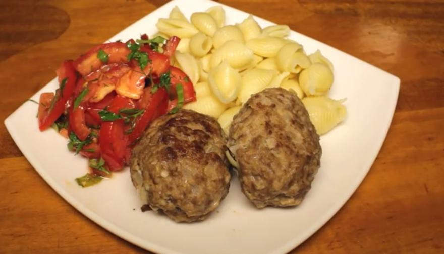 Готовим в мультиварке: вкусные и сочные мясные котлеты