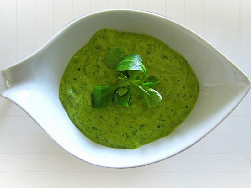 Освежающий английский мятный соус