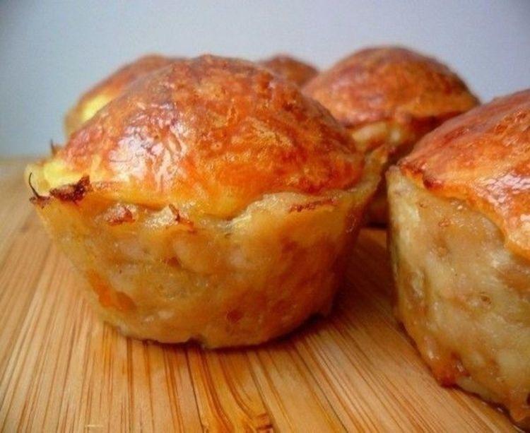 Восхитительно вкусные куриные кексы с сырной начинкой
