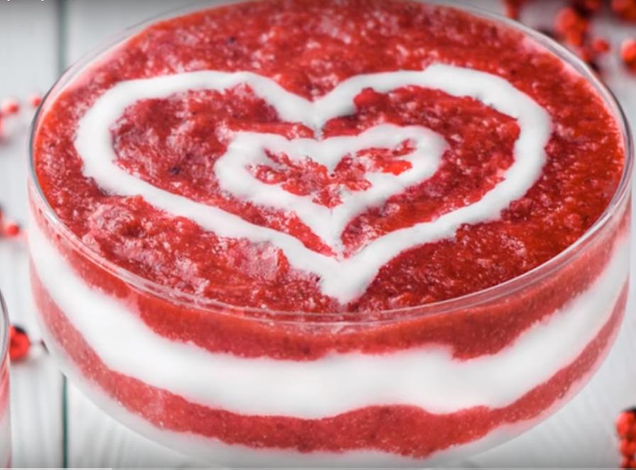 Клубничный десерт для влюбленных