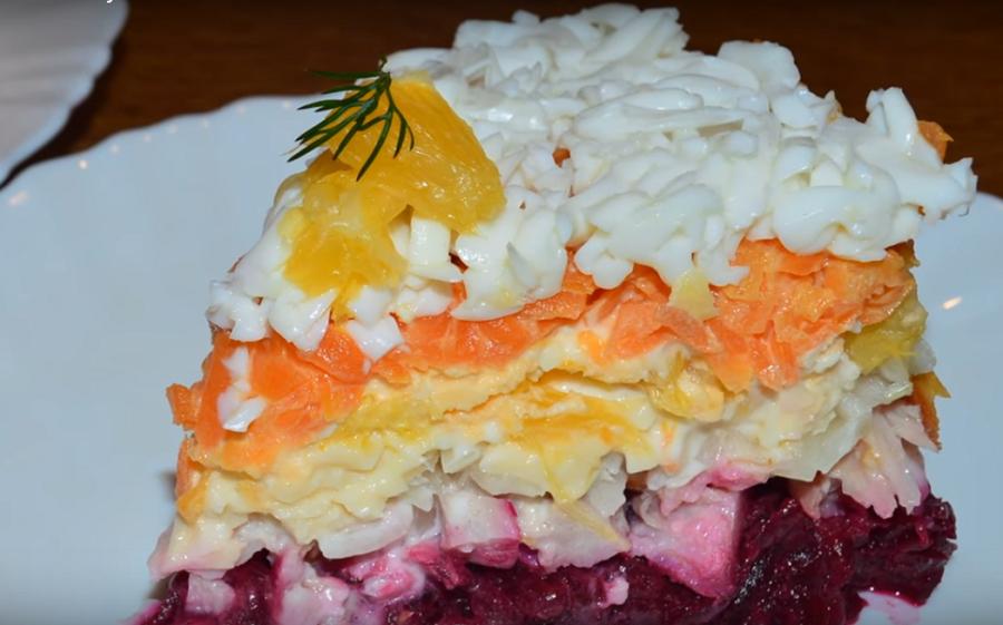 """Салат """"Зимняя сказка"""": вкусное и очень оригинальное блюдо"""