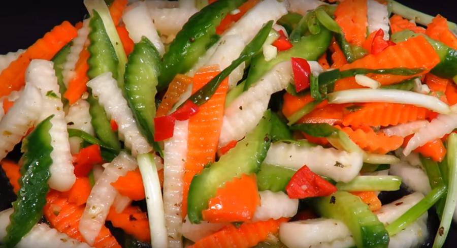 """Японский салат """"Фудзи"""" с  легкой заправкой: идеальное блюдо в пост"""