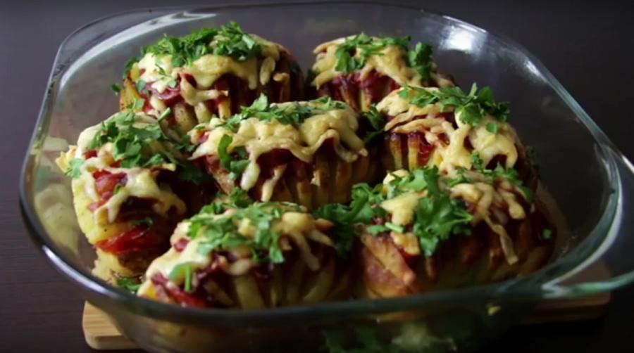 Картофель в духовке: вкусно, просто, оригинально