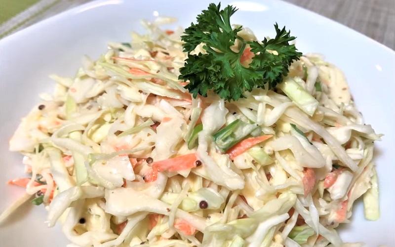 Самый популярный салат из капусты: съедается без остатка