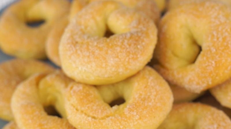Домашнее печенье «Сахарные колечки»: очень вкусно, быстро и дешево