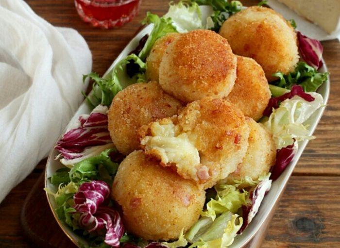 Вкуснейшие картофельные шарики с ветчиной и сыром