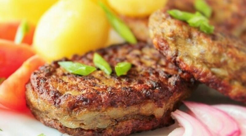 Безумно аппетитные котлеты из говяжьей печени с морковью