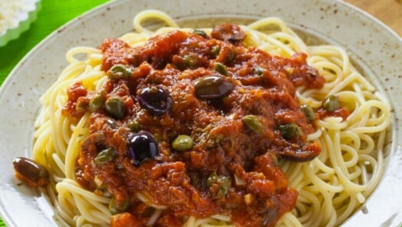 Интересное блюдо: спагетти с бесподобным итальянский соусом