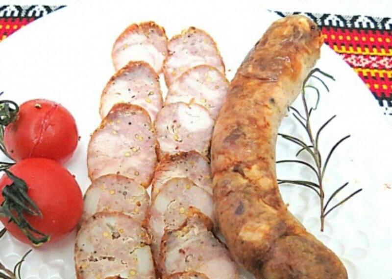 Потрясающе вкусная домашняя чесночная колбаса
