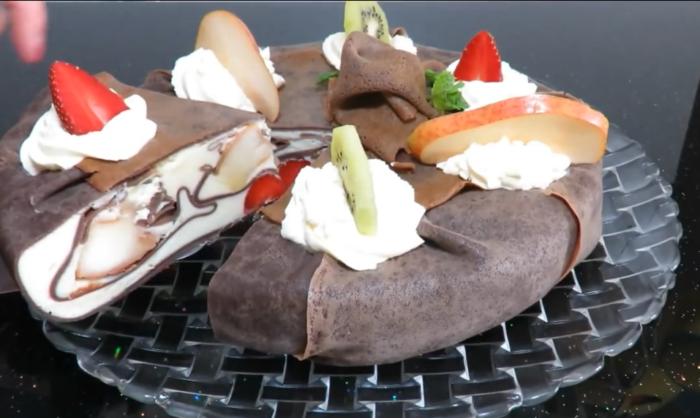 Божественный кожаный торт-мусс из блинов и фруктов