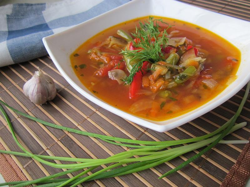 Сытный суп с говядиной и стручковой фасолью