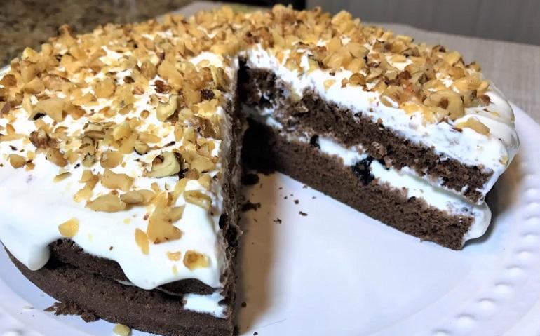 Супер торт за 4 минуты в микроволновке: бюджетный вариант