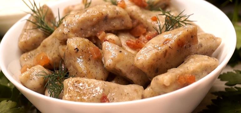 «Ленивцы»: ленивые вареники из картофеля с грибами