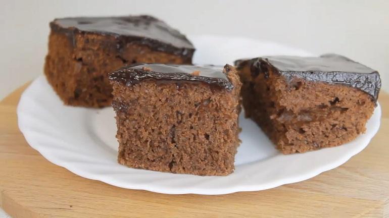 Шоколадный пирог к чаю: вкусный и быстрый рецепт
