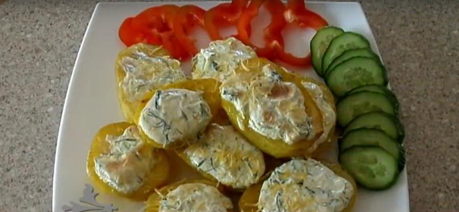Чесночная картошечка в духовке: обалденный гарнир