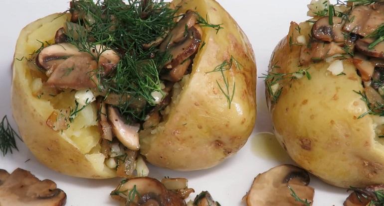 Чудо картошка за 10 минут с грибами и луком: супер ужин на скорую руку