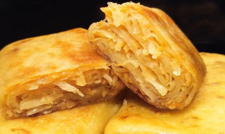 Постные пирожки из блинчиков: бюджетное блюдо для всей семьи