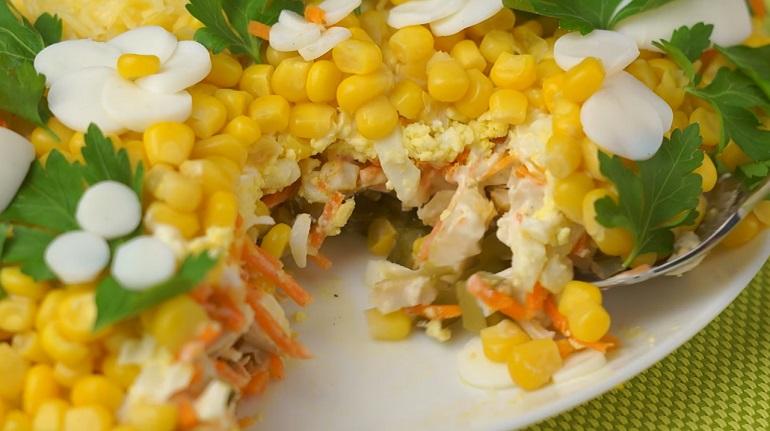 Просто потрясающий салат «Весенняя корзинка»